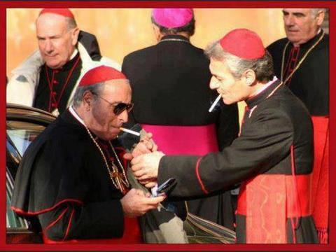 cardenales fumando - mafiosos