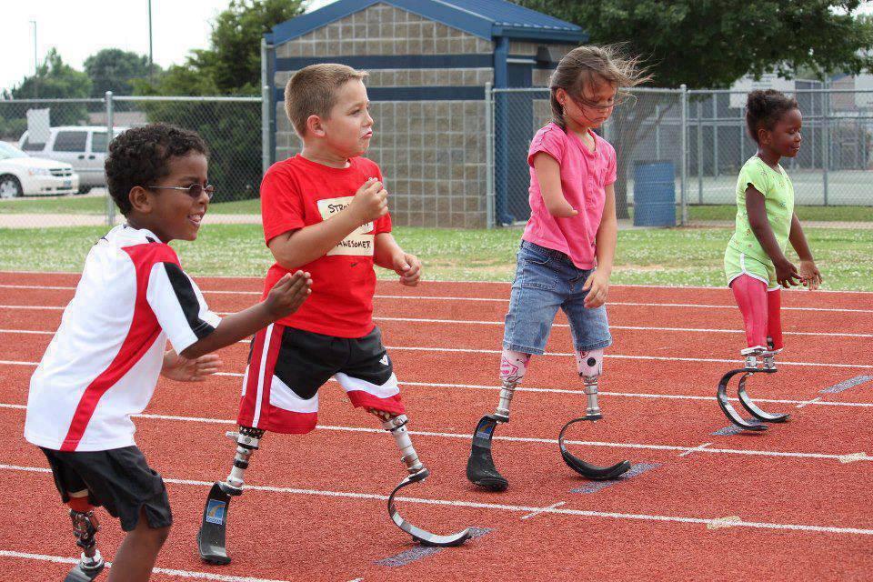 pequeños heroes - niños discapacitados