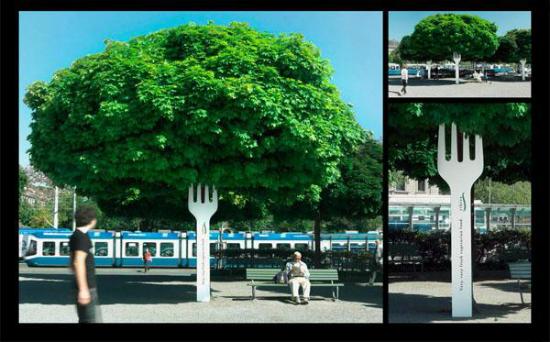 publicidad creativa arbol con tenedor haciendo de tronco