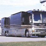 ¿Autobús, caravana o casa directamente?