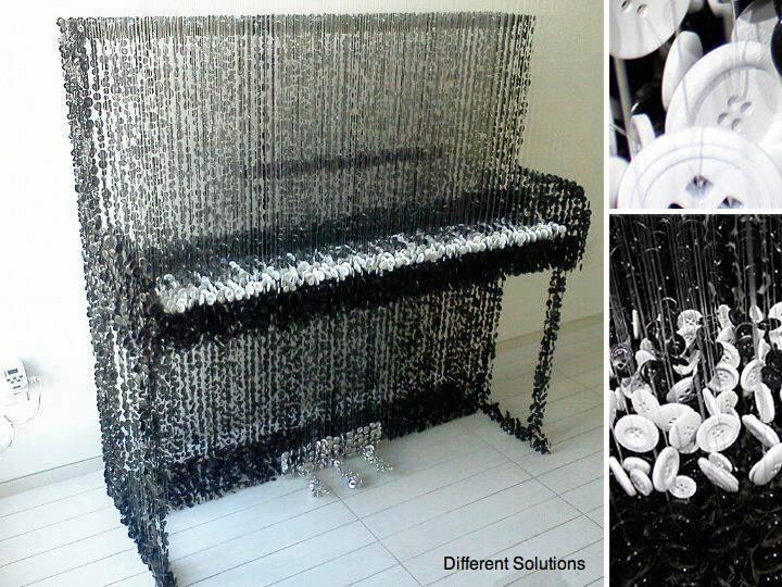 piano hecho con botones