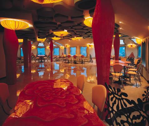 restaurante bajo el agua subacuatico 2