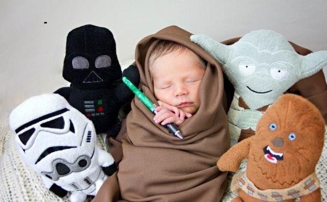 bebe jedi con munecos de peluche star wars