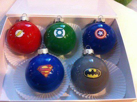 bolas de navidad flash, capitan america, superman, batman