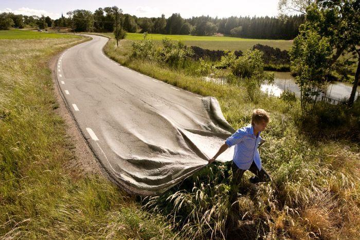 fotomontaje creando la carretera