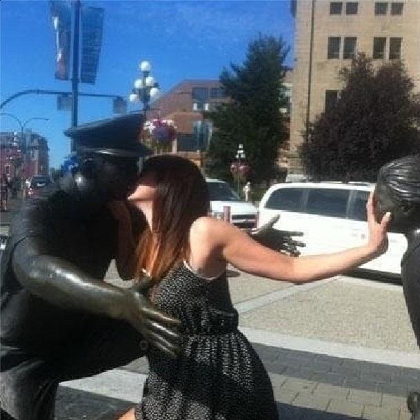 estatuas beso