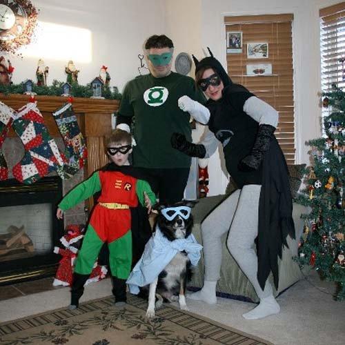 familia disfraces superheroes cutre
