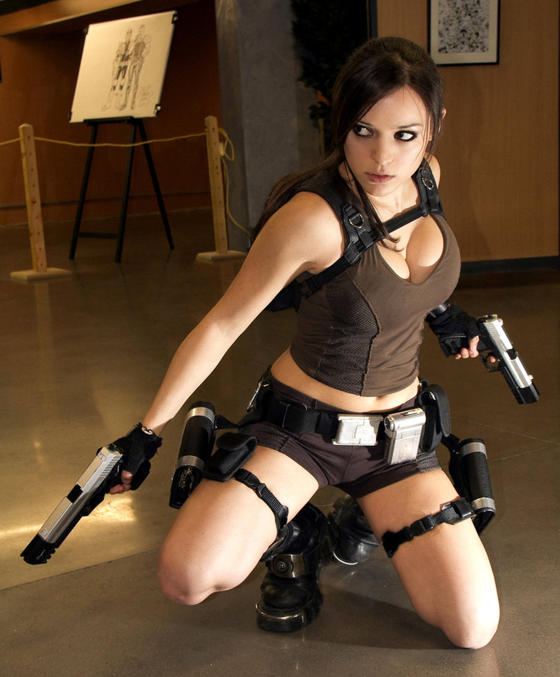 cosplay lara croft illyne