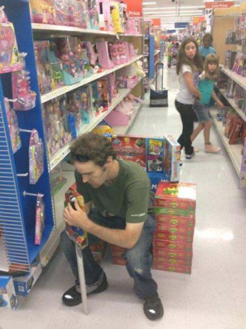 centro comercial friki en su trono de juguetes juego de tronos
