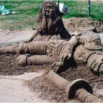 Figura de arena: Soldado medieval abatido