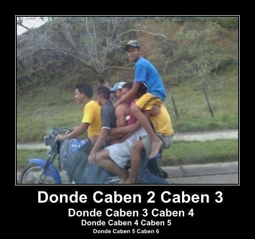 moto con 6 pasajeros donde caben 2 caben 6