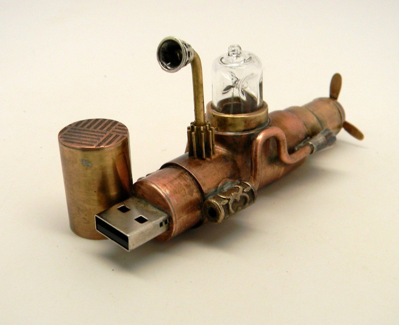 pendrive submarino