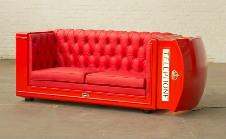 Sofá-cabina telefónica