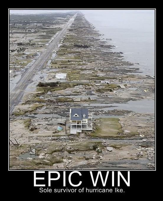 casa aislada despues de un huracan epic win