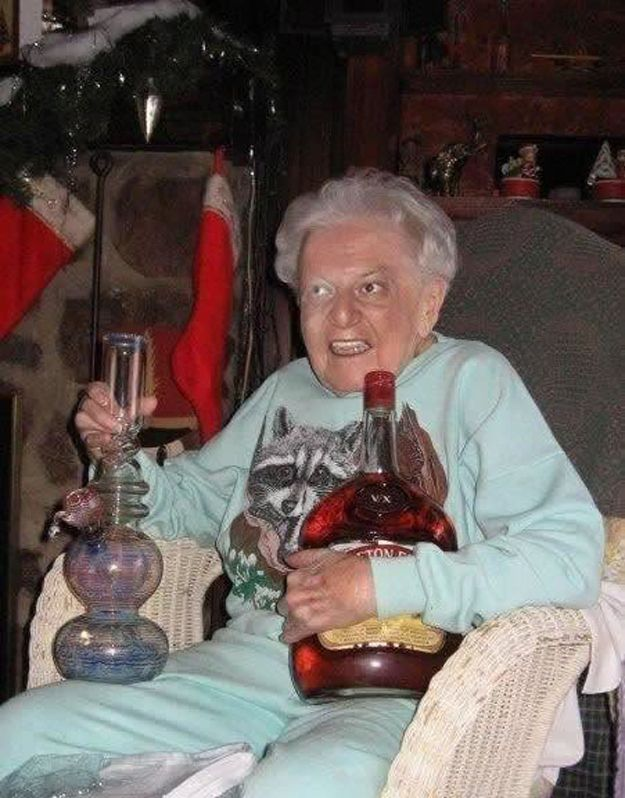 Abuela fiestera