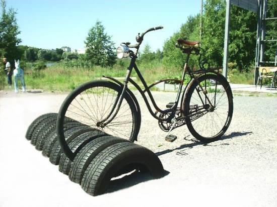 aparcaderos para bicicletas con neumaticos