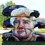 Arte urbano: Chásis de coches artísticos