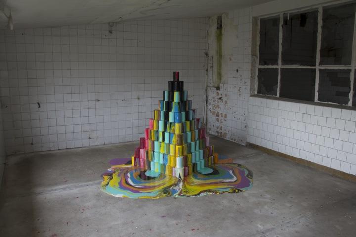 arte urbano cubos de pintura se derriten