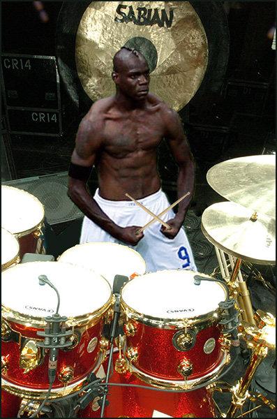 Balotelli baterista