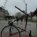 Bicicleta con noria como rueda