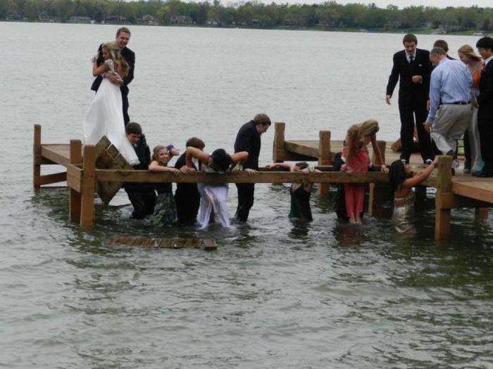 boda-en-el-muelle-con-caida