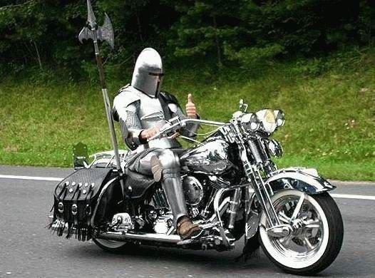 Caballero medieval con su nueva montura