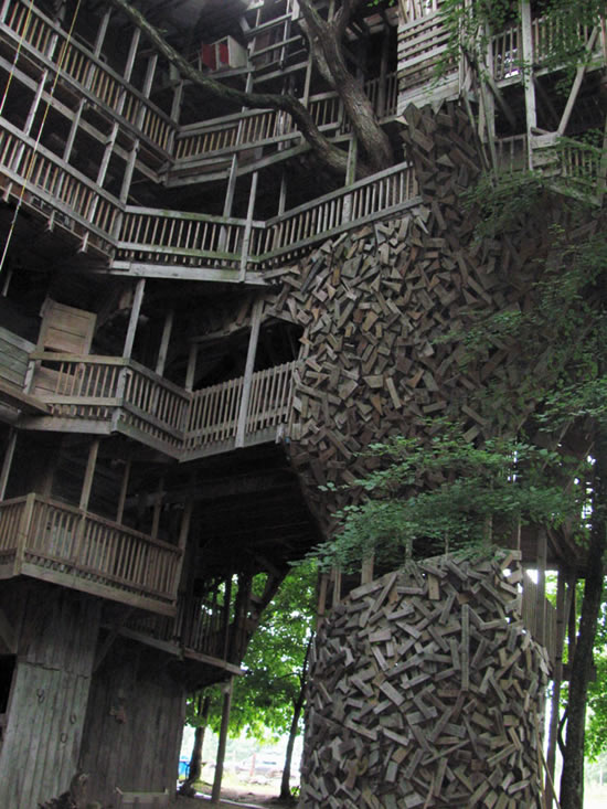 Mega-casa en un árbol