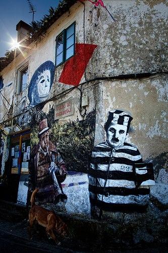 Graffiti Charlie Chaplin presidiario