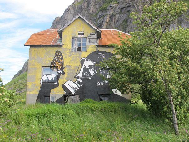 Murales - Analizando mariposa (Lofoten, Noruega)