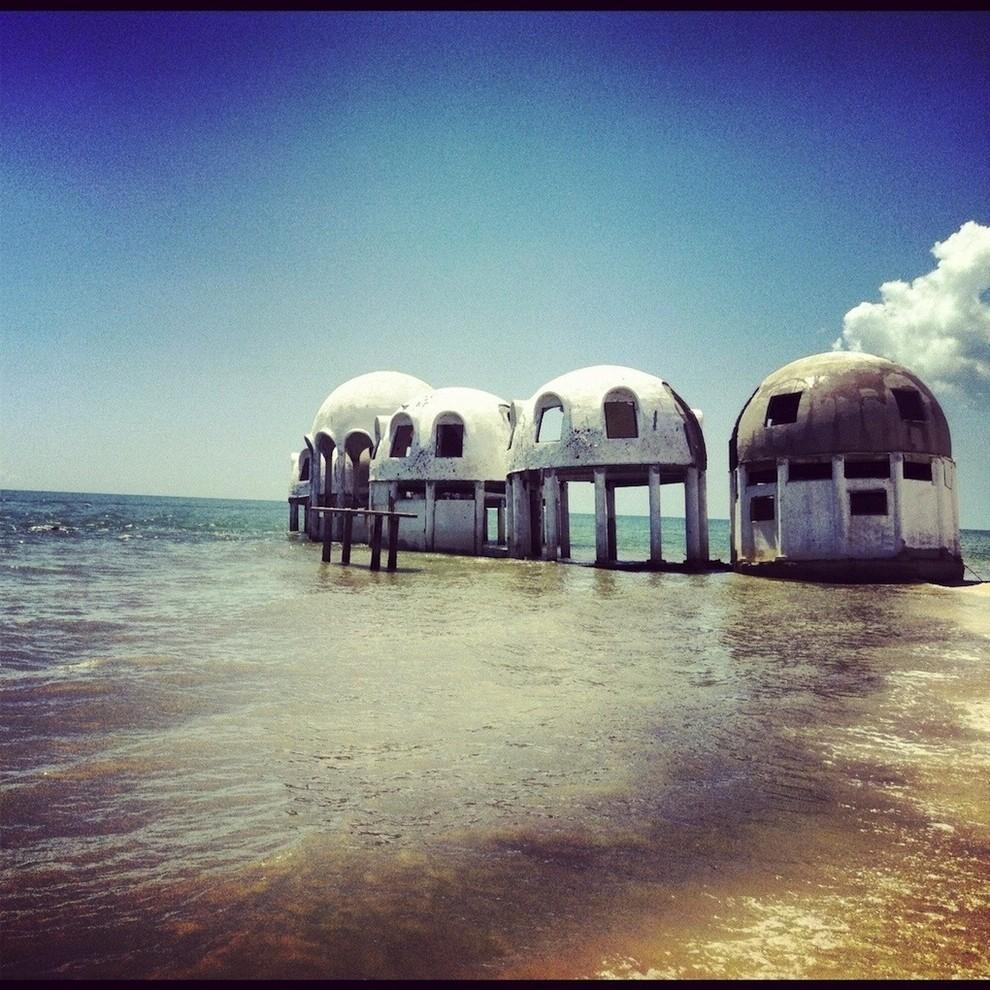 Casas-cúpula abandonadas (suroeste de Florida)