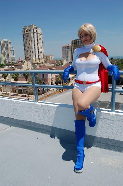 Cosplay Power Girl (DC Comics)
