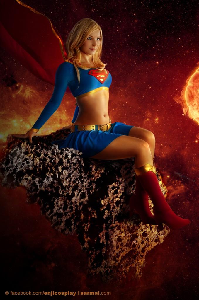 cosplay super girl