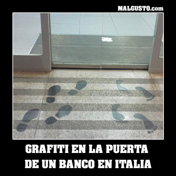 Entrada de un banco en Italia