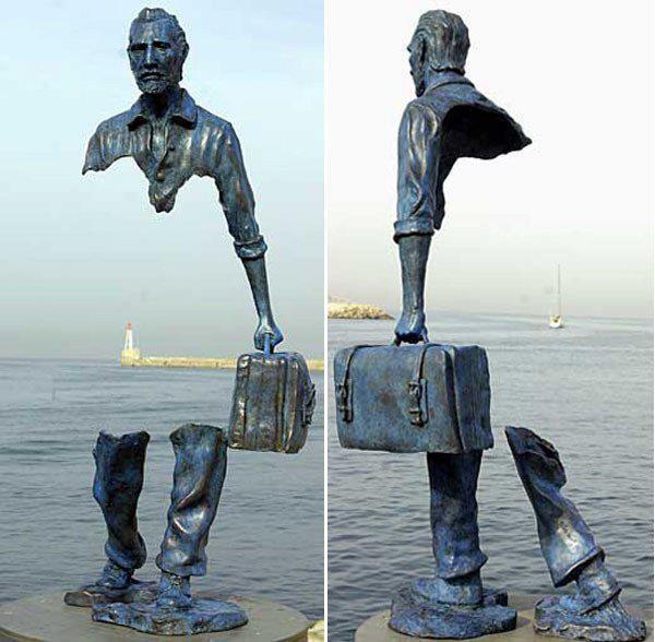 Escultura transparente