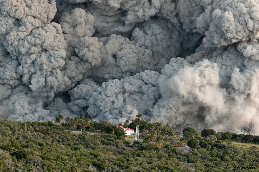 Explosión del volcán Cubrio (Belham Valley)