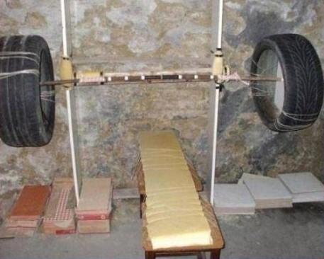gimnasio pesa con ruedas