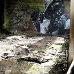 Graffiti – Pistolero con máscara