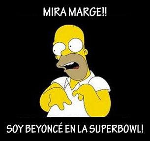 Homer imitando a Beyoncé en la Superbowl