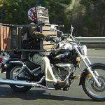 Con la mesa en la moto