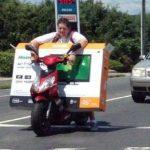 En mi scooter llevo lo que sea