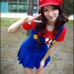 Cosplay Mario Girl
