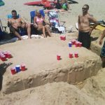 Mesa en la arena