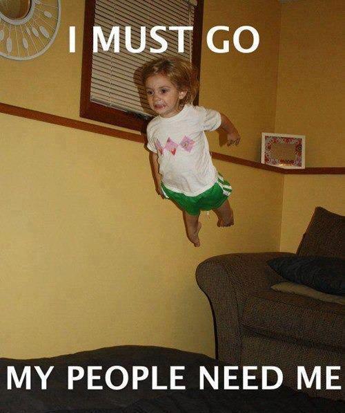 niño saltando a cama - i must go - my people need me