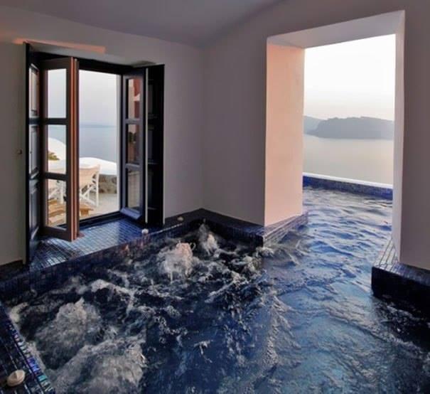 piscina en el salon de tu casa