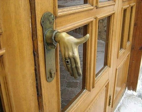 Puerta educada