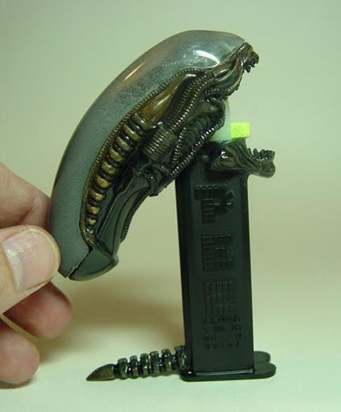 Surtidor de caramelos pez - Alien