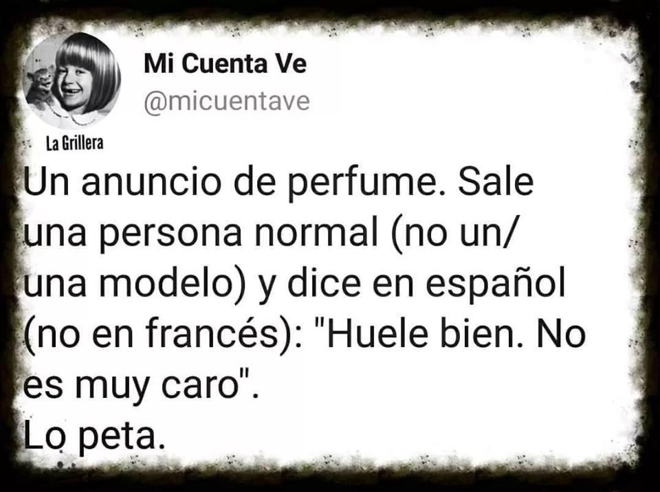 un anuncio de perfume sale una persona no una modelo y dice en español huele bien no es muy caro